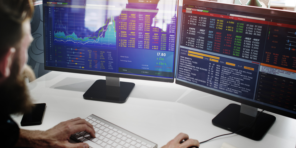 Trade Safely with Financial Advisors